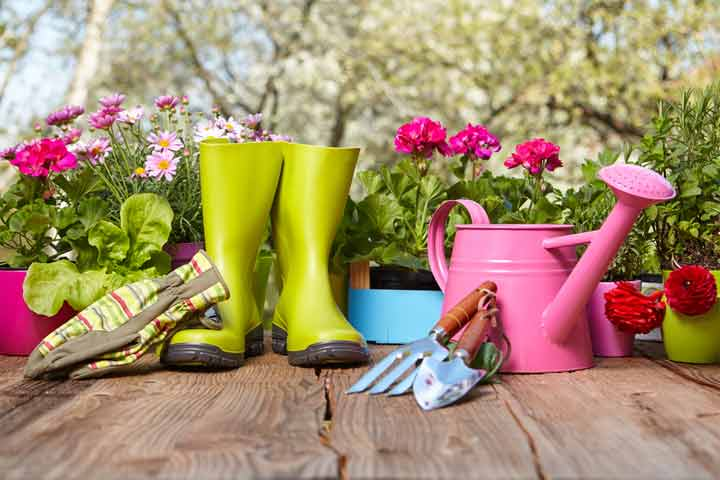 How to Use Garden Tools
