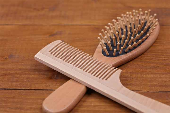 how to use a scalp massage brush