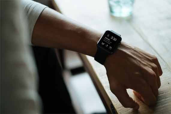 Can you measure blood pressure with a smartwatch