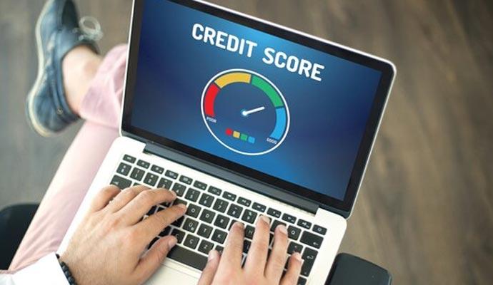 check the credit score