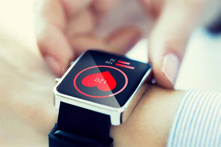 How Safe are Smartwatches to Carry on your Wrist Every day