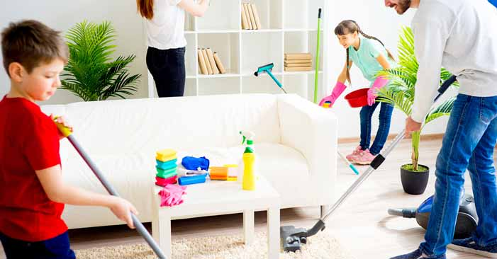 How Much Does It Cost to Clean Out a House
