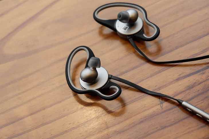 How to Connect Bluetooth Earphones to Phone