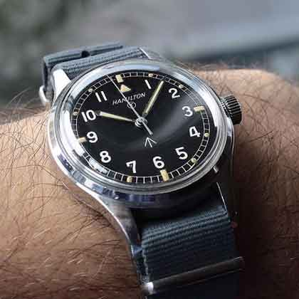 Here are some tips to buy a good watch.