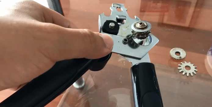 How to Work A Can Opener