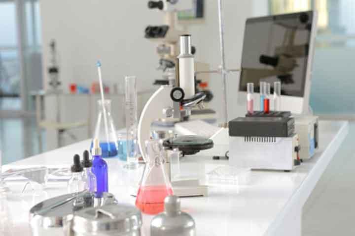 Using Laboratory Monocular Microscopes